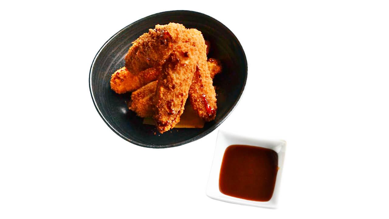 Tempura pollo e salsa BBQ